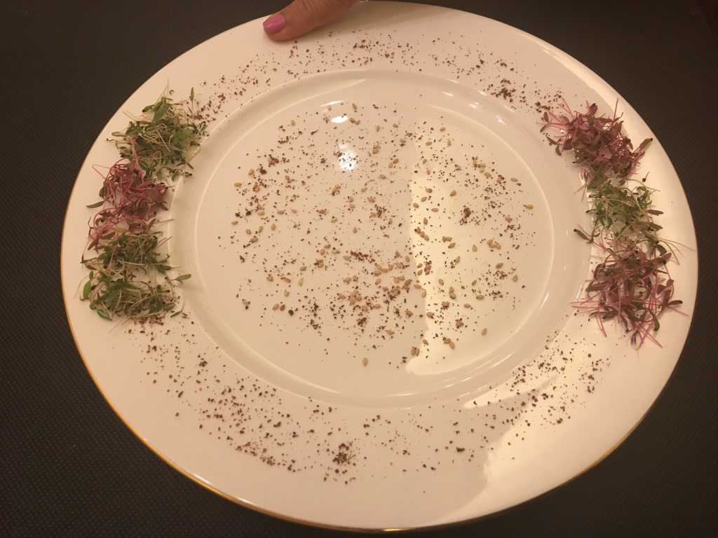Organic styling of a plate-2